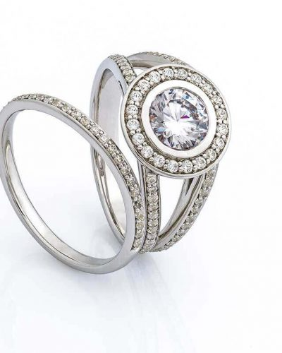 his-and-hers-wedding-rings-set-PU98HTE